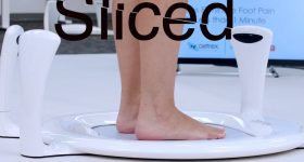 Featured image shows the Sliced logo on top of an image of Aetrex's Albert 2 foot scanner. Photo via Aetrex.
