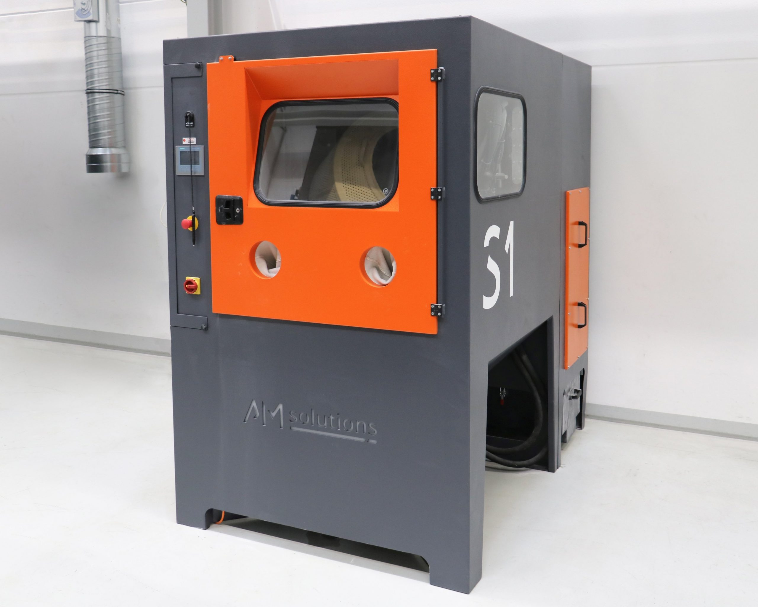 The new S 1 system from AM Solutions – 3D post processing technology for the automated de-powdering and cleaning of 3D printed plastic components. Image via AM Solutions.