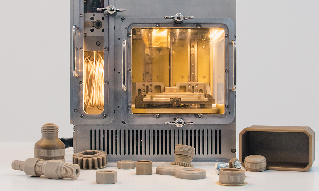 Before Project IMPERIAL, the ESA consortium developed a microgravity-capable 3D printer under Project MELT. Photo via BEEVERYCREATIVE.