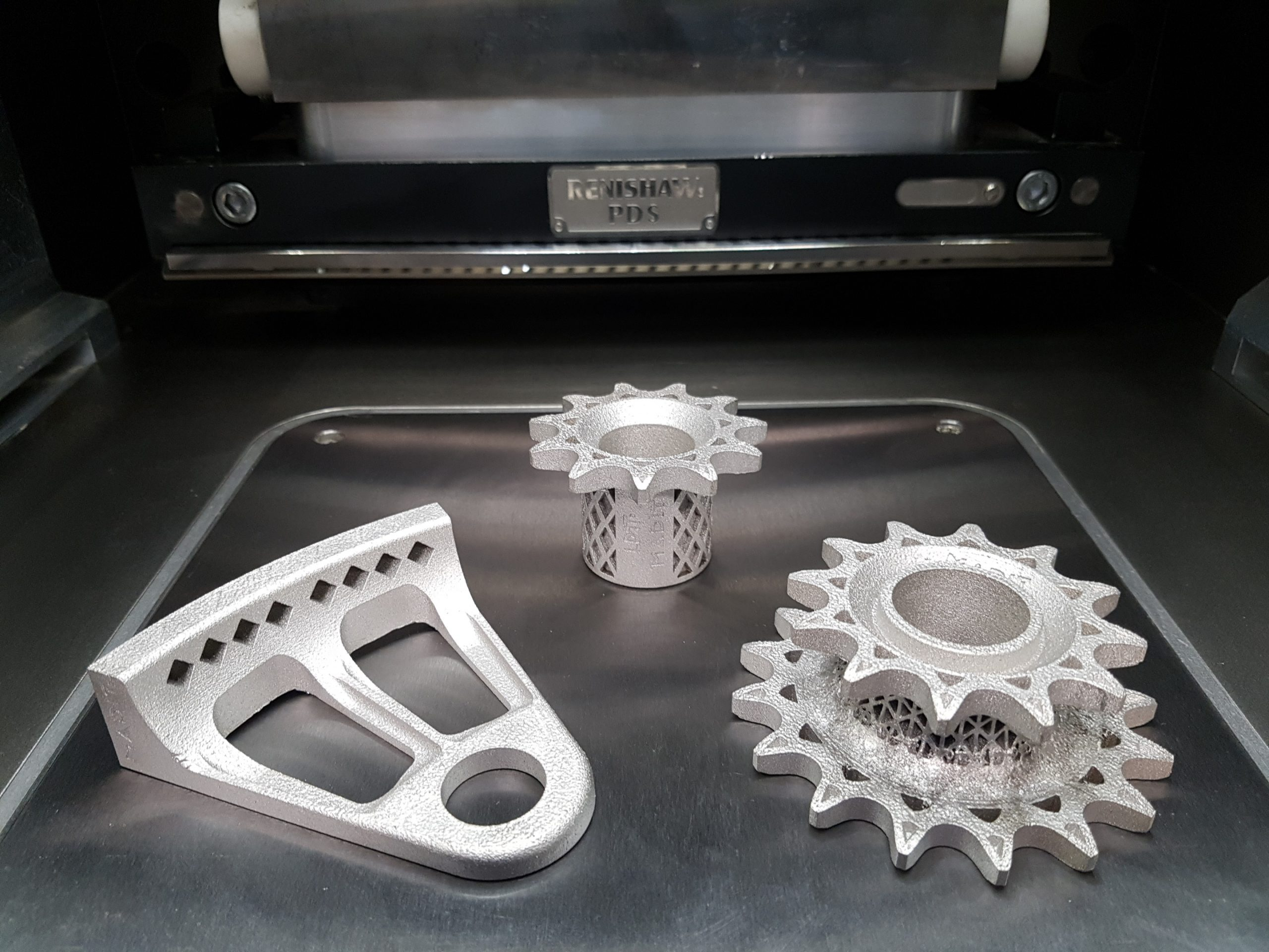 Parts manufactured by MADIT Metal in stainless steel (SS316L). Photo via Renishaw.