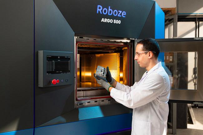 An engineer using an ARGO 500 3D printer.