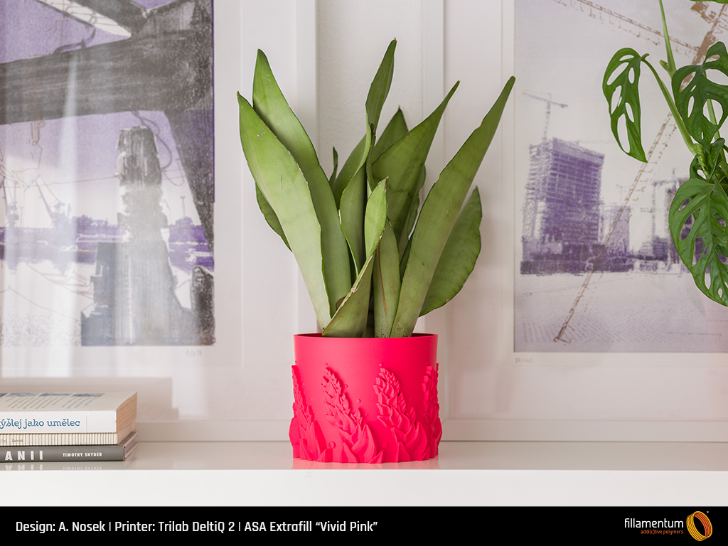 Plant pot printed in ASA Extrafill Vivid Pink. Photo via Fillamentum.