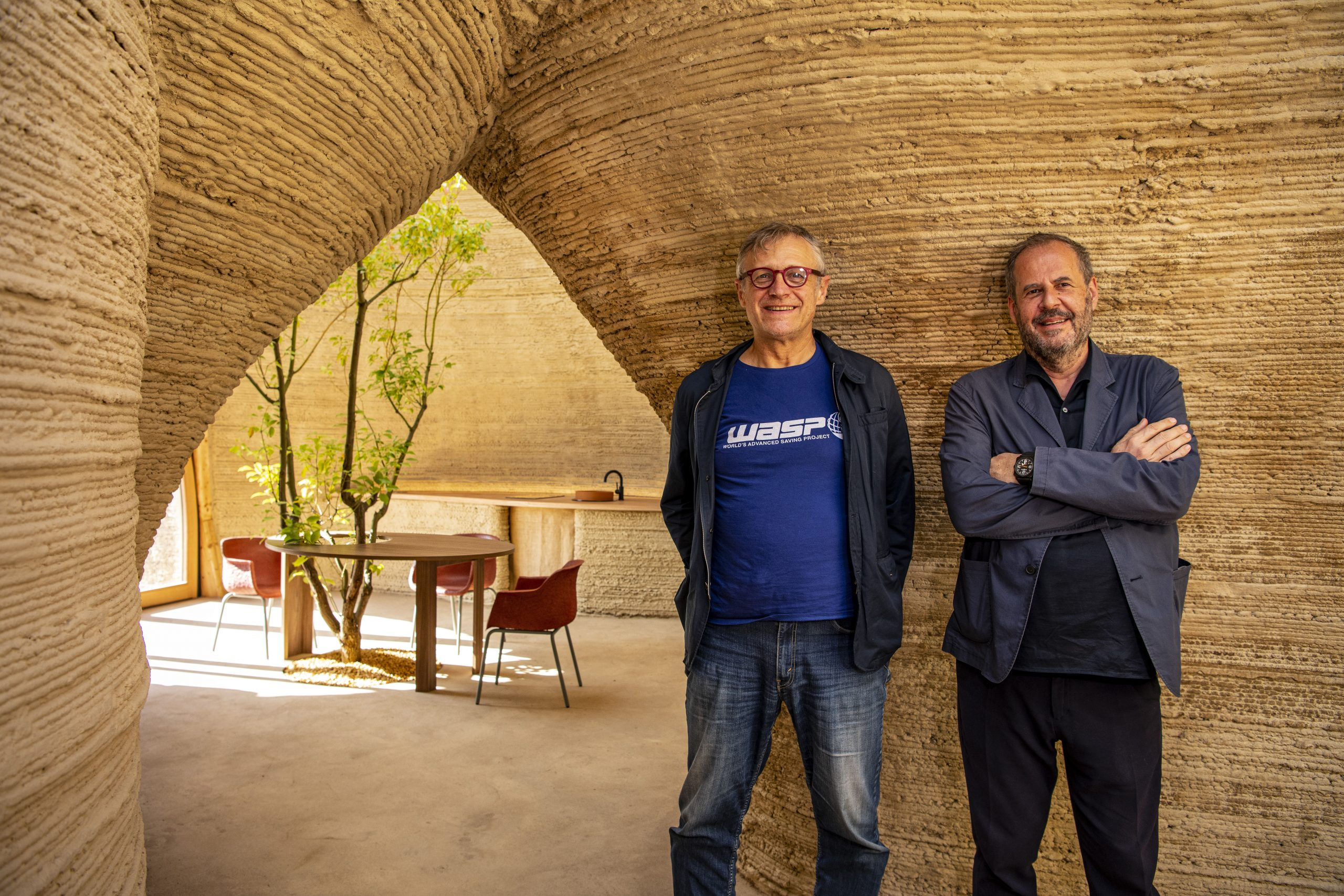 Massimo Moretti and Mario Cucinella inside the TECLA 3D printed house. Photo via WASP.