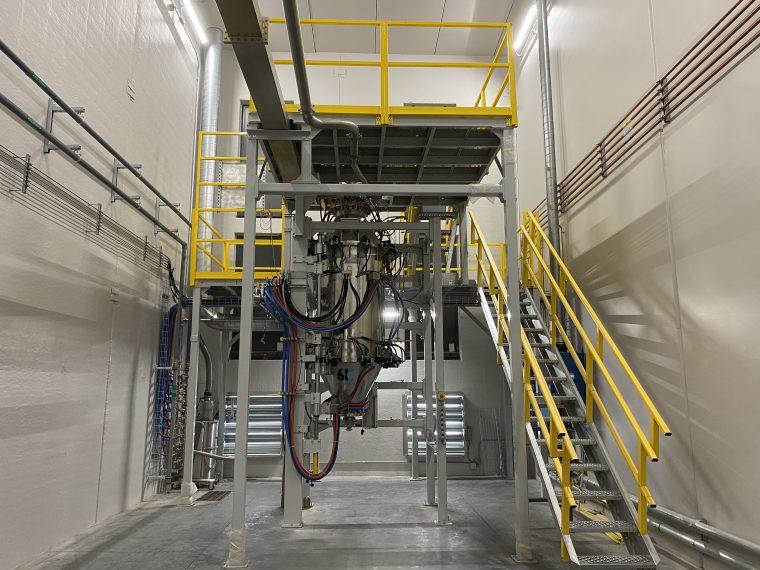 Un système UniMelt dans une installation de production de matériel d'impression 3D. Photo via 6K.