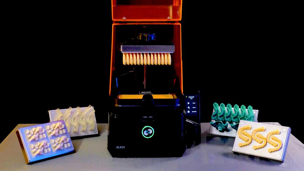 The UNIZ SLASH 2 PLUS is designed for high-speed dental 3D printing. Photo via UNIZ.