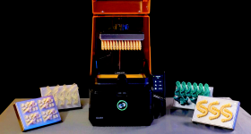 The UNIZ SLASH 2 PLUS is designed for high-speed dental 3D printing. Photo via UNIZ.