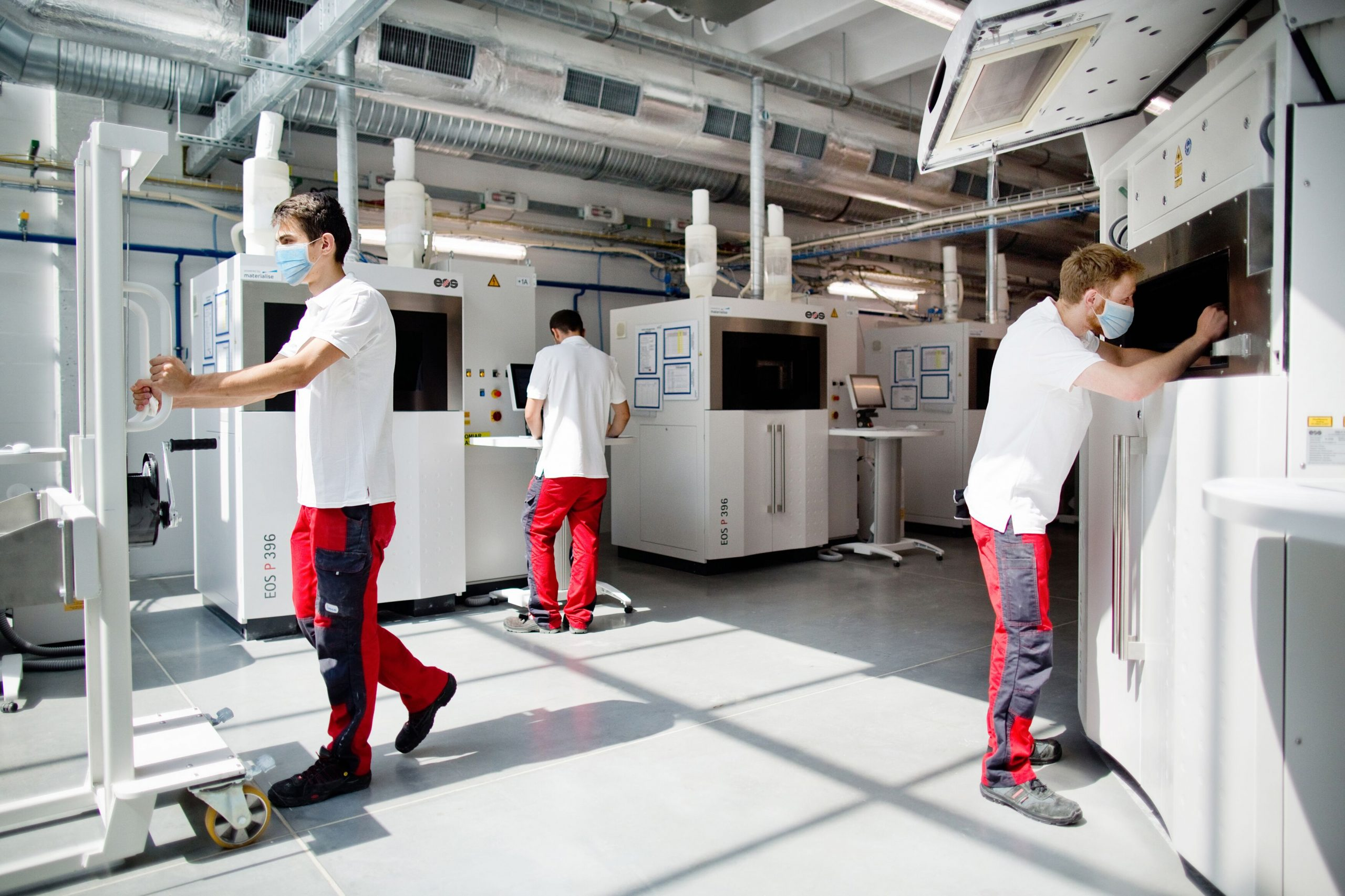 A Materialise 3D printing facility equipped with EOS systems. Photo via Materialise.