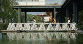 The 3D printed retractile bridge in Wisdom Bay, Shanghai. Photo via Yu Xi / Global Times.