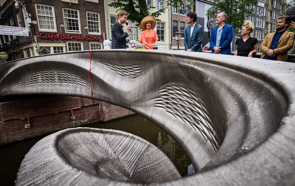 The generatively designed bridge includes a network of integrated smart sensors.  Photo by Jan de Groen.