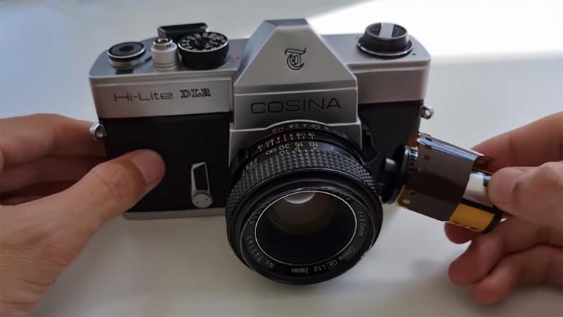 The original Cosina Hi-Lite DLR with its film canister. Photo via befinitiv.