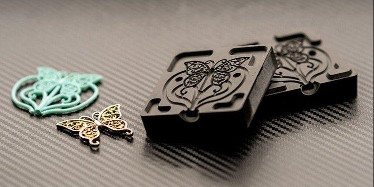 3D printed jewelry mold printed on the B9 Core 5 Series XL 3D printer. Photo via B9Creations.