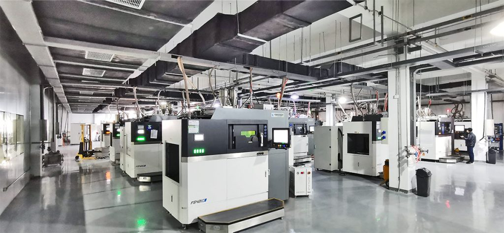 18 of Farsoon's FS421M metal systems are installed at Falcontech's Super AM Factory. Photo via Falcontech.