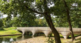 "The ""world's longest"" 3D printed concrete bridge in Nijmegen. Photo via Municipality of Nijmegen/Michiel van der Kley."