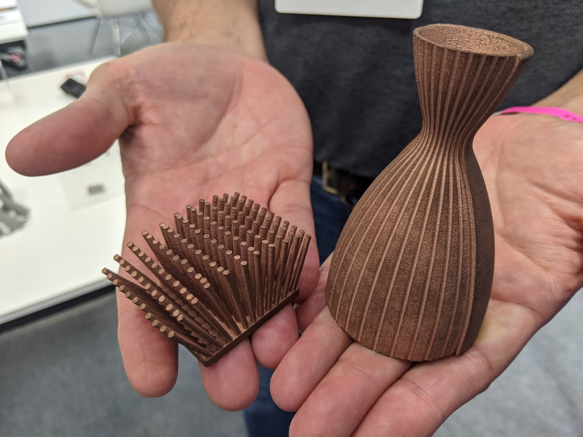 Metal 3D printing in copper from Xact Metal at TCT 3Sixty. Photo via Michael Petch/3D Printing Industry.