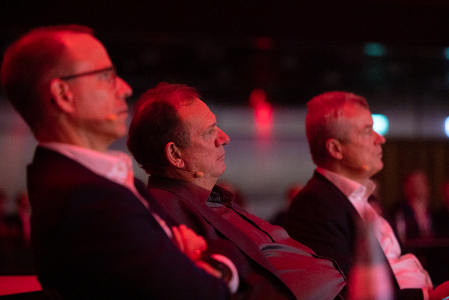 Prof. Dr. Michael Suess in the audience at AMTC. Photo via Robert Gongoll/Oerlikon.