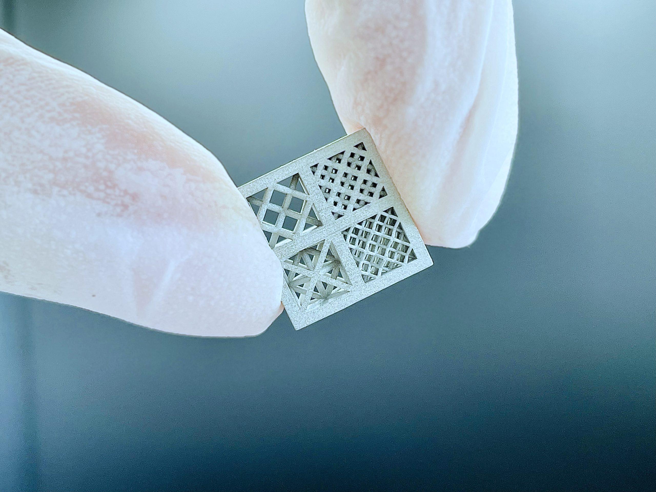 A 3D printed part produced via LMM. Photo via Incus.